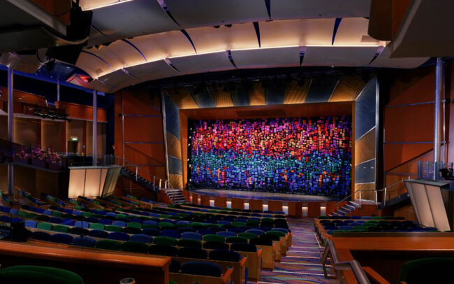 Royal Caribbean Cruise Lines Radiance of the Seas : Aurora Theater